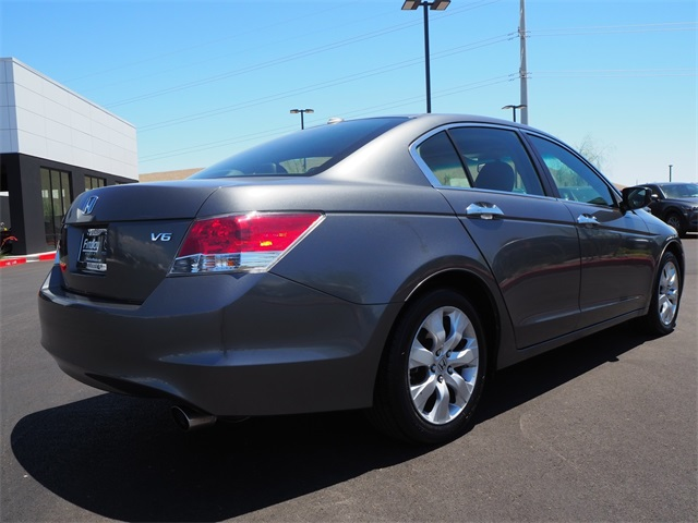 Pre-Owned 2009 Honda Accord EX-L